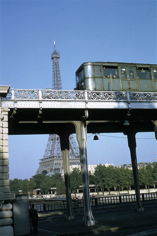 Métro Sprague et Eyfel Kulesi, Paris, Fransa